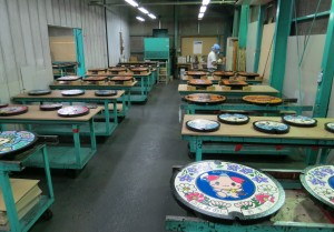 過去に開催された工場見学の様子